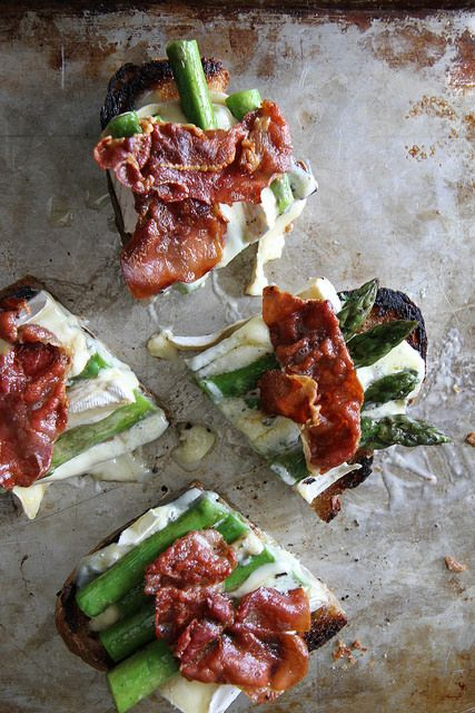 Asparagus, Crispy Prosciutto and Brie Grilled Cheese